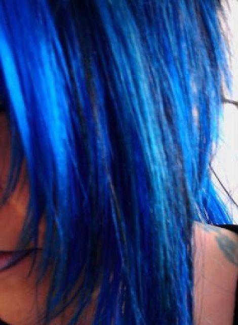 BlueHair - Reif, aber unangepasst!