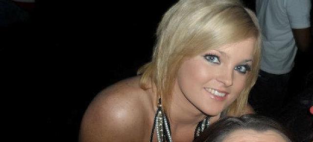Nicole27 - Am Abend vergnügen!!!