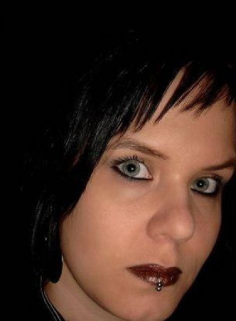 GothicQueen - Gothic Lady sucht Spielball!
